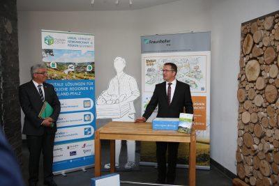 Steffen Antweiler, Bürgermeister der Verbandsgemeinde Göllheim Fraunhofer IESE Digitale Dörfer