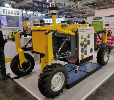 Automatisierter Agrarroboter ETAROB