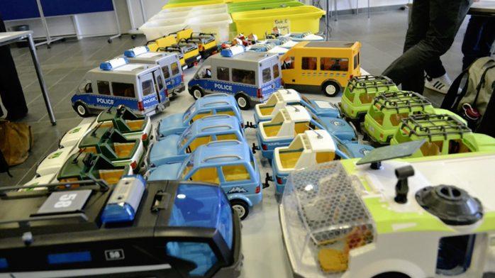 Digitale Ökosysteme - Viele Playmobil®-Autos zum Modellieren